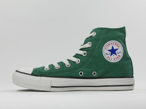 Flach und grün von Converse