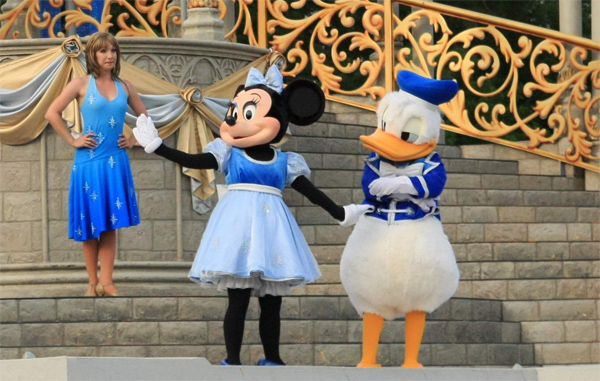 donald_duck_minni_mouse_disney_world