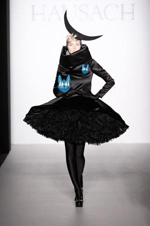 Berlin_Fashionweek_Eva_Padberg_Hausach_Couture_11