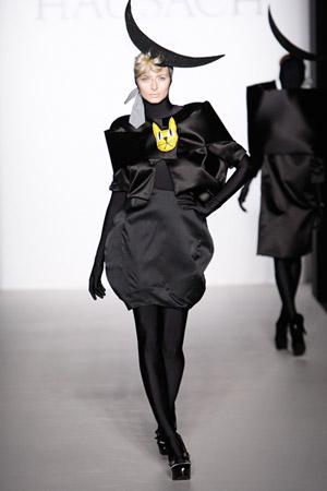 Berlin_Fashionweek_Eva_Padberg_Hausach_Couture_2