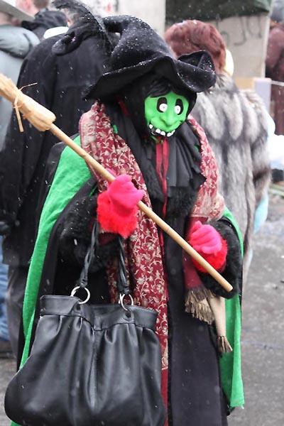 Hexe_im_Karneval_in_Duesseldorf