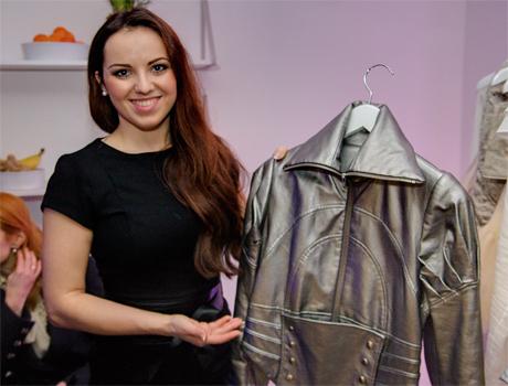 Eleganz mit einem Hauch Fantasy: Anastasia Janz Kollektion verbindet sehr unterschiedliche Stile