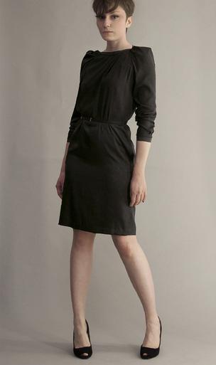 Paula Immich schwarzes Kleid